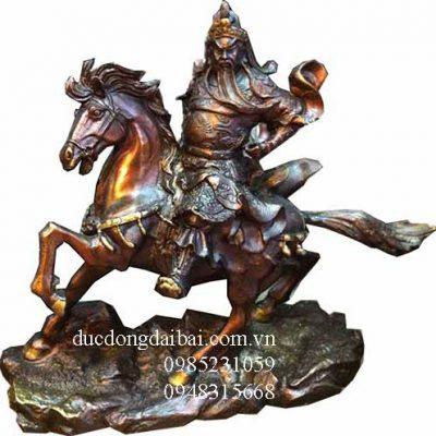 tượng quan công cưỡi ngựa bằng đồng