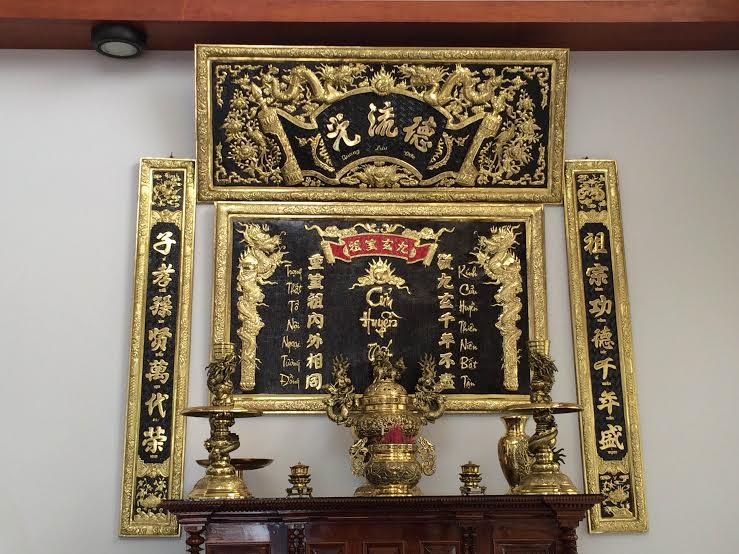 Vì sao Hoành phi câu đối được lựa chọn trong không gian thờ cúng của người Việt
