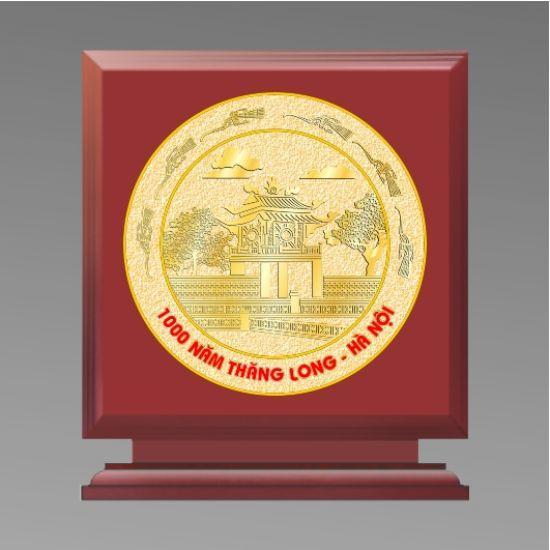 Lựa chọn quà tặng bằng đồng tặng hội nghị khách hàng